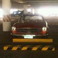 Снимок сделан в UST Pay Parking пользователем Aiana Loren G. 4/3/2012
