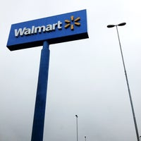 Photo taken at Walmart by Caio Augusto D. on 6/21/2012