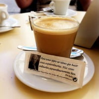 6/12/2012 tarihinde Manuel Sagallziyaretçi tarafından Café de Autor'de çekilen fotoğraf