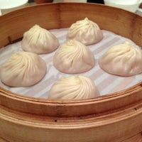 Photo taken at Din Tai Fung by Steven Y. on 8/5/2012