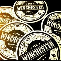 Foto tirada no(a) Winchester Pub por Fabiana J. em 2/17/2012