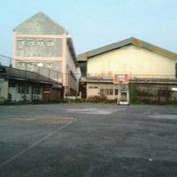 Photo taken at SMP Negeri 12 Surabaya by Syahjehan A. on 5/25/2012