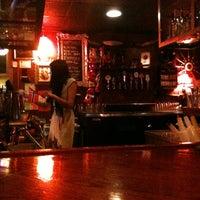 Photo prise au Twilight Exit par Maya O. le4/16/2012