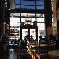 Photo prise au Sisters Coffee Company par Ramon G. le5/14/2012