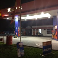 Photo taken at Shell by Roberto I. on 6/8/2012