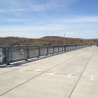 Photo taken at Walkway Over the Hudson State Historic Park by Skeeter H. on 4/14/2012