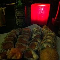 Foto tirada no(a) Sakanã Sushi & Hand Rolls por Daniel L. em 5/19/2012