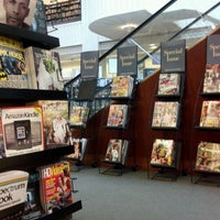 Photo taken at Barnes & Noble by Marce P. on 5/2/2012