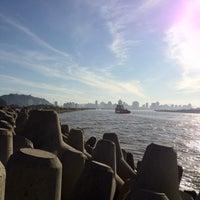 Foto tirada no(a) Molhe da Atalaia por Murilo78 S. em 7/21/2012