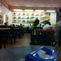 Photo taken at Restoran Cina Muslim Mohd Chan Abdullah by ezzy B. on 3/6/2012