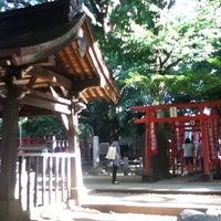 Foto scattata a 雑司ヶ谷 鬼子母神 (鬼子母神堂) da Yutaka H. il 8/5/2012
