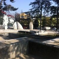 Foto tirada no(a) Plaza Pedro de Valdivia por Rodrigo M. em 7/26/2012