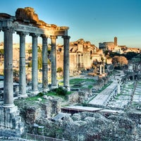 Photo taken at Roman Forum by VacazionaViajes on 8/31/2012