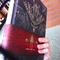 Photo taken at Barnes & Noble by Geo T. on 6/22/2012