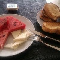 7/18/2012 tarihinde Tolga S.ziyaretçi tarafından Hotel Helen'de çekilen fotoğraf