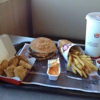 Photo taken at Burger King by Ramiro Antonio A. on 3/3/2012