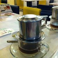Photo taken at Yummy Vietnamese Restaurant  味佳居 by Betty W. on 6/17/2012