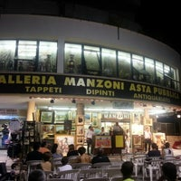 Photo taken at Galleria Manzoni, Asta Pubblica by Alessandro D. on 6/30/2012