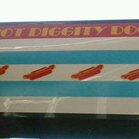Photo taken at Hot Diggity Dogs by Adrian D. on 8/18/2012