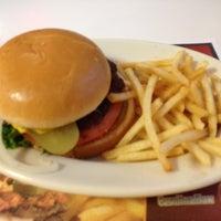 Photo taken at Steak 'n Shake by Pat T. on 6/20/2012