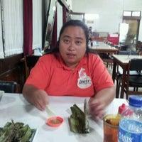 Photo taken at Ayam Goreng Ny. Suharti by Jae Cee M. on 4/4/2012