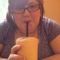 4/19/2012にChristopher V.がPerky's Coffee Shopで撮った写真