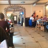 Foto tomada en Relax Cafe por Nthr el 8/9/2012