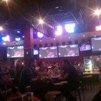 2/3/2012 tarihinde Aaron J.ziyaretçi tarafından Buffalo Wild Wings'de çekilen fotoğraf