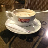 Photo taken at Dunkin' Donuts by mimie c. on 7/17/2012