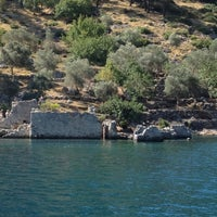 Photo taken at Kleopatra Koyu by Burcu B. on 7/10/2012