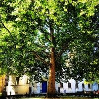 Photo taken at St Marylebone Parish Church Gardens by Azeem A. on 9/7/2012