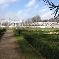 Photo taken at Chiswick House Maze by Fernando D. on 3/3/2012