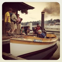 Foto scattata a Center for Wooden Boats da Dean H. il 8/19/2012