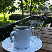 5/23/2012 tarihinde Yael A.ziyaretçi tarafından Vakıf Tenis Cafe'de çekilen fotoğraf