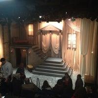 Снимок сделан в Lifeline Theatre пользователем Jill E. 4/29/2012