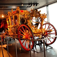 Photo taken at Museum of London by Luiza F. on 4/23/2012