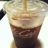 Photo taken at McDonald's by Yoo Mi O. on 8/3/2012