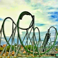 Photo taken at The Incredible Hulk Coaster by Rick T. on 5/14/2012