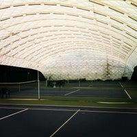 Das Foto wurde bei Теннисный корт Кадет von Andrew M. am 6/5/2012 aufgenommen