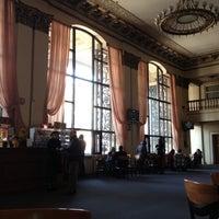 Снимок сделан в Кинотеатр «Киев» пользователем Elena 3/10/2012
