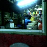 Photo taken at Roti Canai Ayie Special Seri Paya by Mikaielle on 2/8/2012