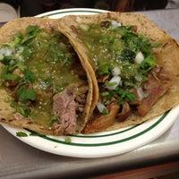 Foto tomada en Los Panchos por Rober N. el 5/13/2012