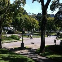 Das Foto wurde bei Praça da Liberdade von Edu am 7/24/2012 aufgenommen