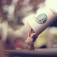 8/9/2012 tarihinde Karuan A.ziyaretçi tarafından Robert's Coffee'de çekilen fotoğraf
