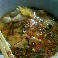Photo taken at Udomsuk Tomyum Noodle by big m. on 6/10/2012