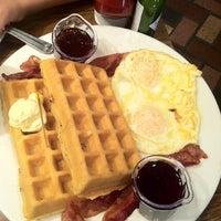 Photo taken at Mimi's Cafe by Eddie L. on 5/28/2012
