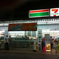 Photo taken at 7ELEVEN@PTT Namom by Muay naka on 5/17/2012