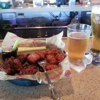 Photo taken at Applebee's Neighborhood Grill & Bar by Tim K. on 7/16/2012