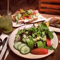Photo taken at Le Pain Quotidien by Stephanie C. on 6/22/2012