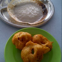 Photo taken at Shakti Chelo's Appam Stall by Ayu Z. on 8/23/2012